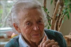 ElisabethElliot (older)
